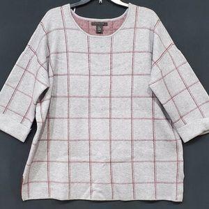 🆕️ Tahari sweater